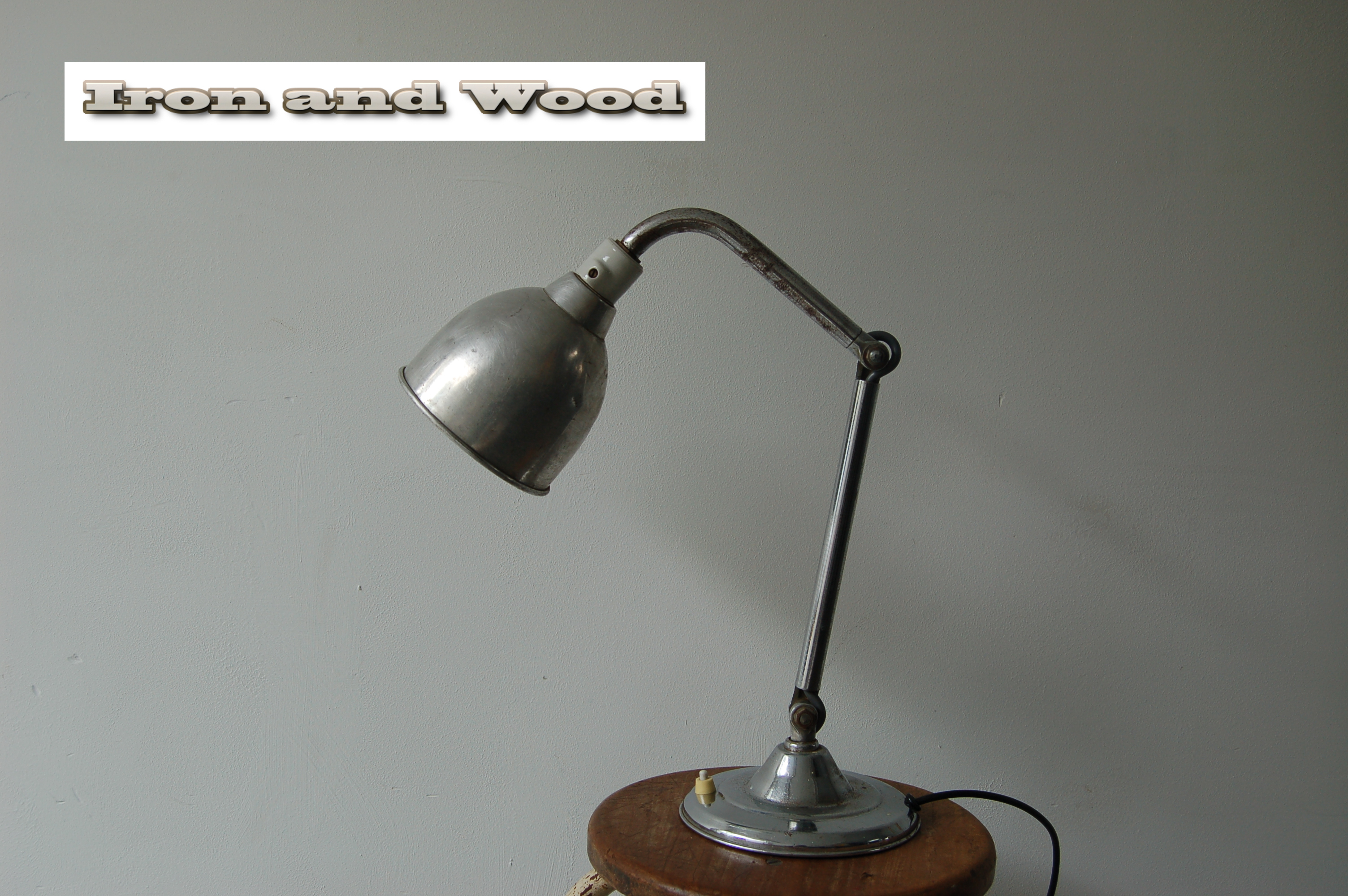 Oud vintage werklamp bureaulamp bureauspot for Industriele schemerlamp