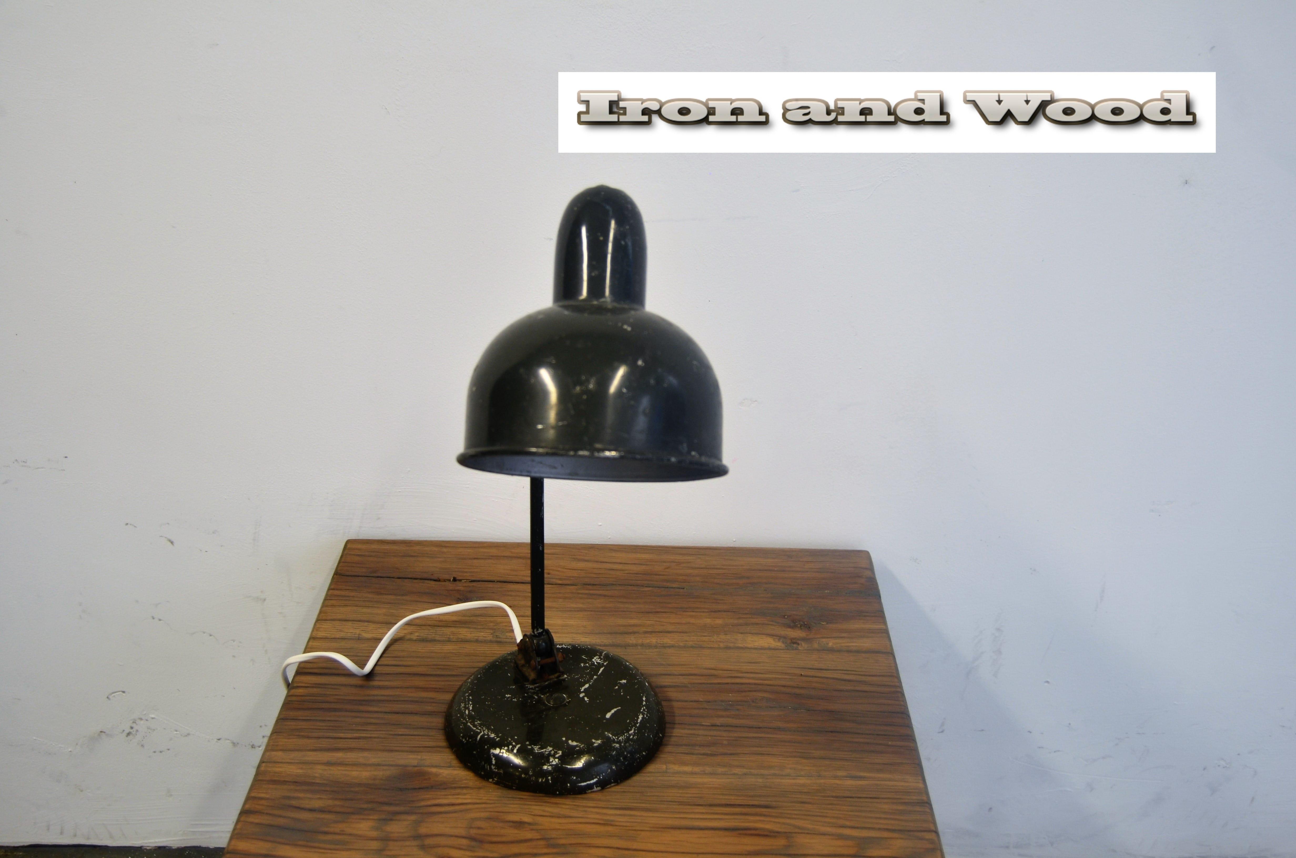 Industriele donkergroene bureaulamp schemerlamp bureauspot for Industriele schemerlamp