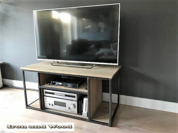 Industrieel tv meubels staal en hout Leipzig 5