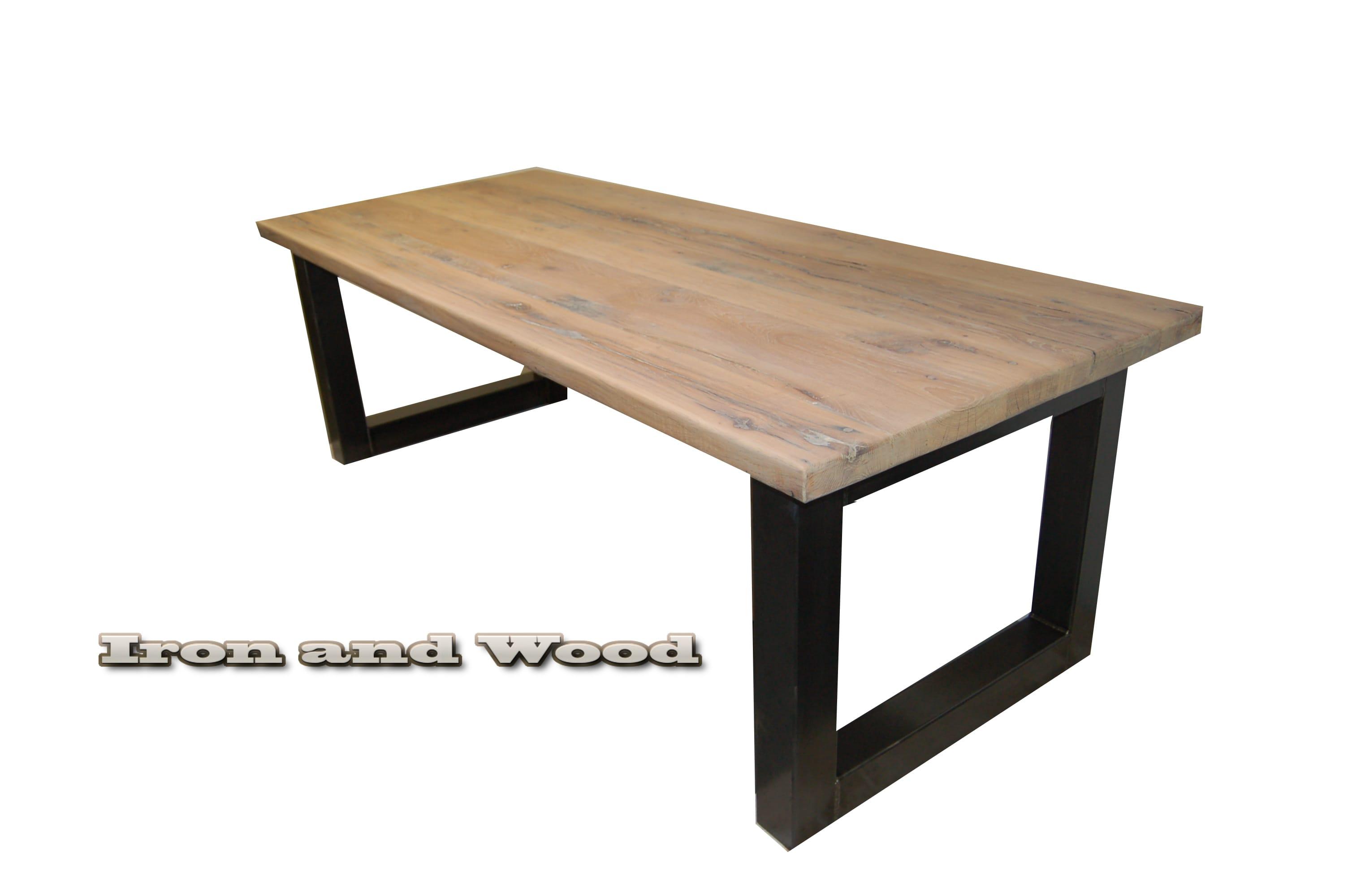 Industriele Tafel Eettafel.Industriele Stalen Tafel Met Kubuspoot En Oude Eiken Wagondelen