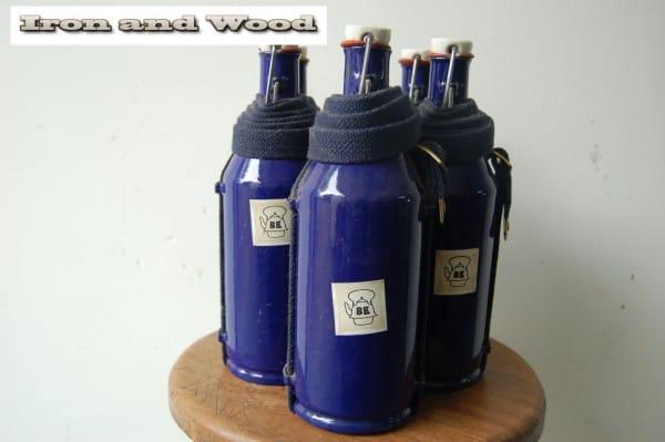 Blauwe emaille BK flessen (3)