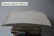 Grote beige weegschaal l48 b30 h18 (4)