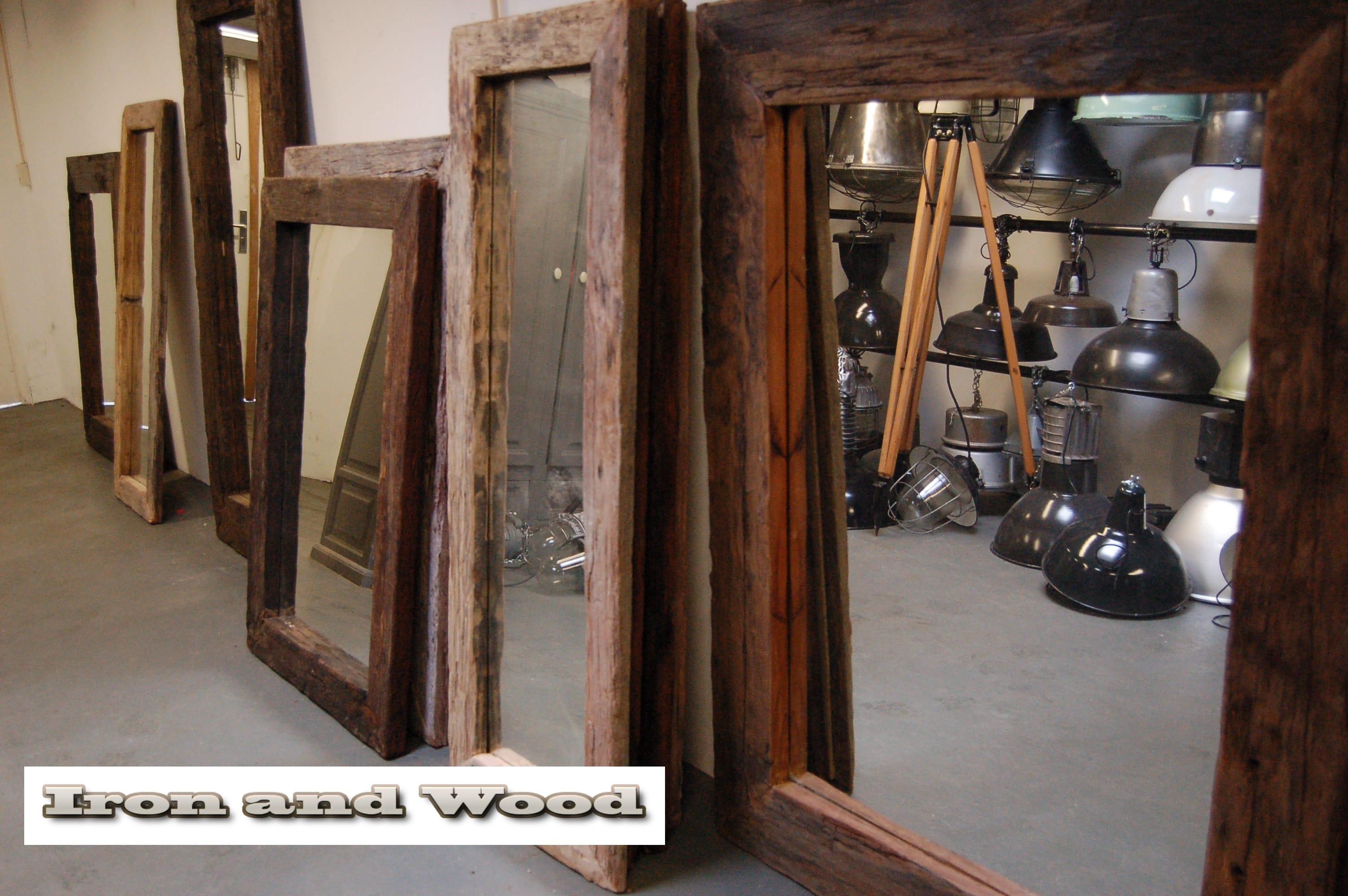 Grote Spiegel Hout : Grote spiegel van oude wagondelen wagonplanken handgemaakte