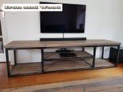 Industrieel tv meubels staal en hout Leipzig 3