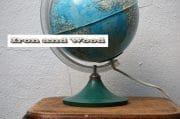 Plastic vintage globe H30 2