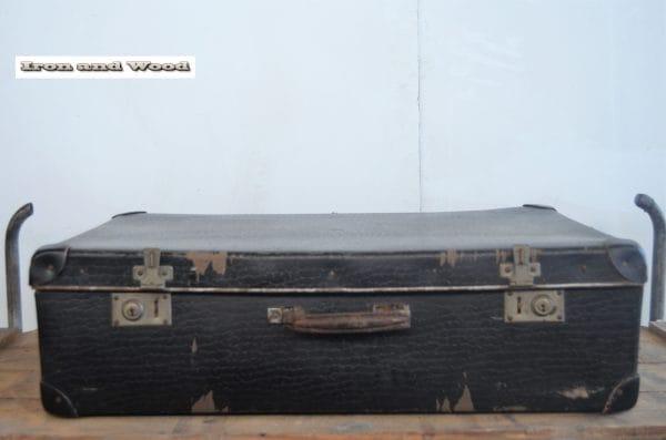 Groot zwart koffer 74x43x22 2