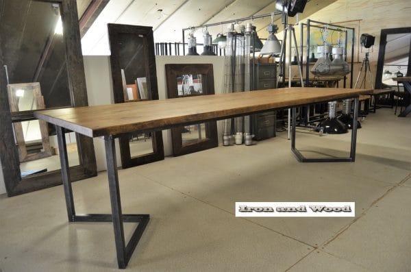Industriele eettafel Oxford V poot tafel 300x100x78 1 (3)