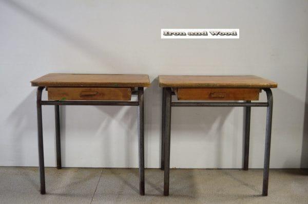 Tafeltjes L55 D 40 H55 2