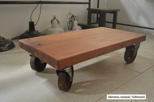 Salontafel van oude merantie balken 110x58x31 6