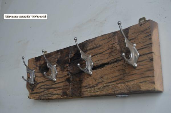 7 Kapstok 4 zilveren haken 58 x 17 6