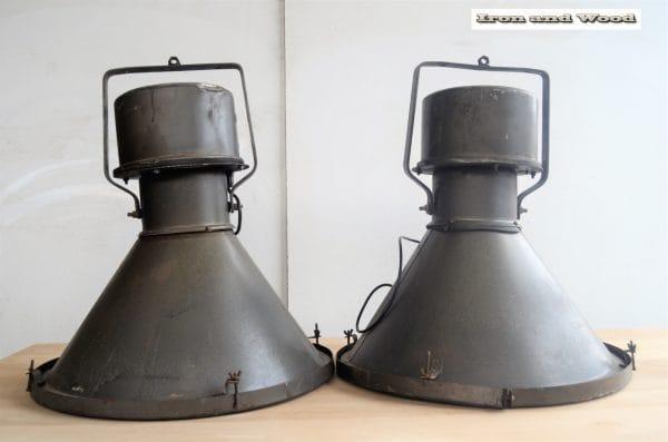 Industriele antraciet oude fabriekslampen H60 D56 1