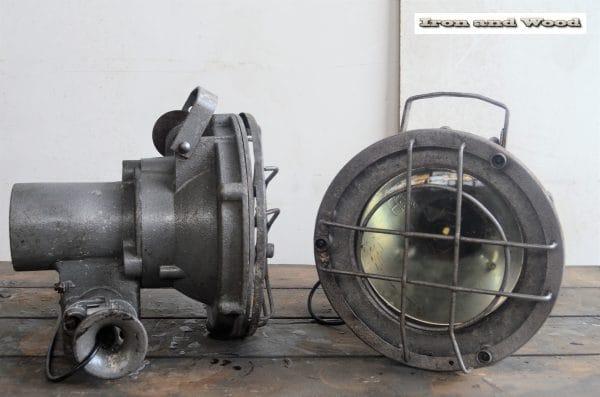 Industriele grijze bully spot H30 D30 2
