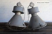 Grijze industriele fabriekslampen H72 D48 1