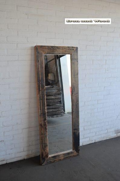 Spiegel blanke lak 147 x 55 L9,5 2