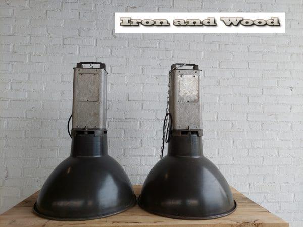 2 mazda lampen grijs emaille h75 d50 1